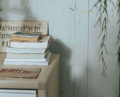 Revestimiento de pared en madera rústica
